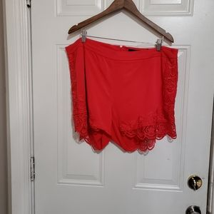 Torrid women's size 18 shorts pockets